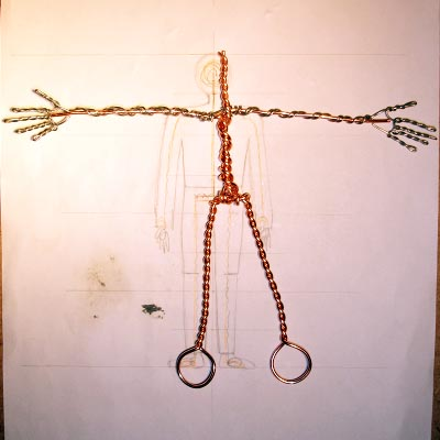 0,9 mm aluminum wire for the arms and hands over copper wire.